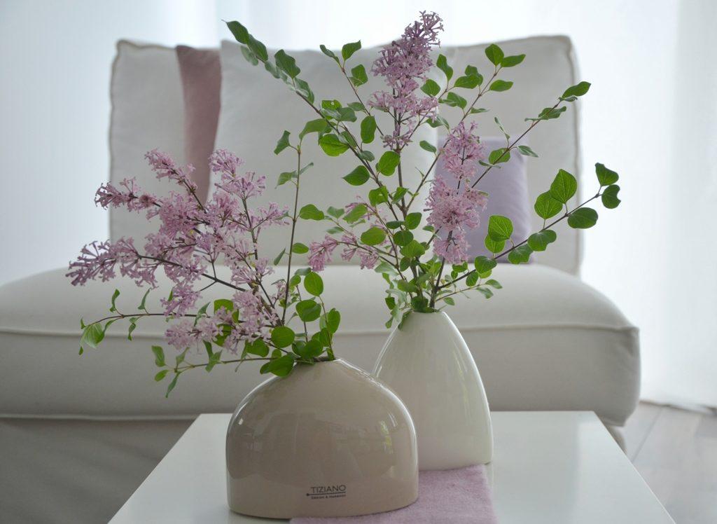 flieder der duft des fr hsommers tiziano design. Black Bedroom Furniture Sets. Home Design Ideas