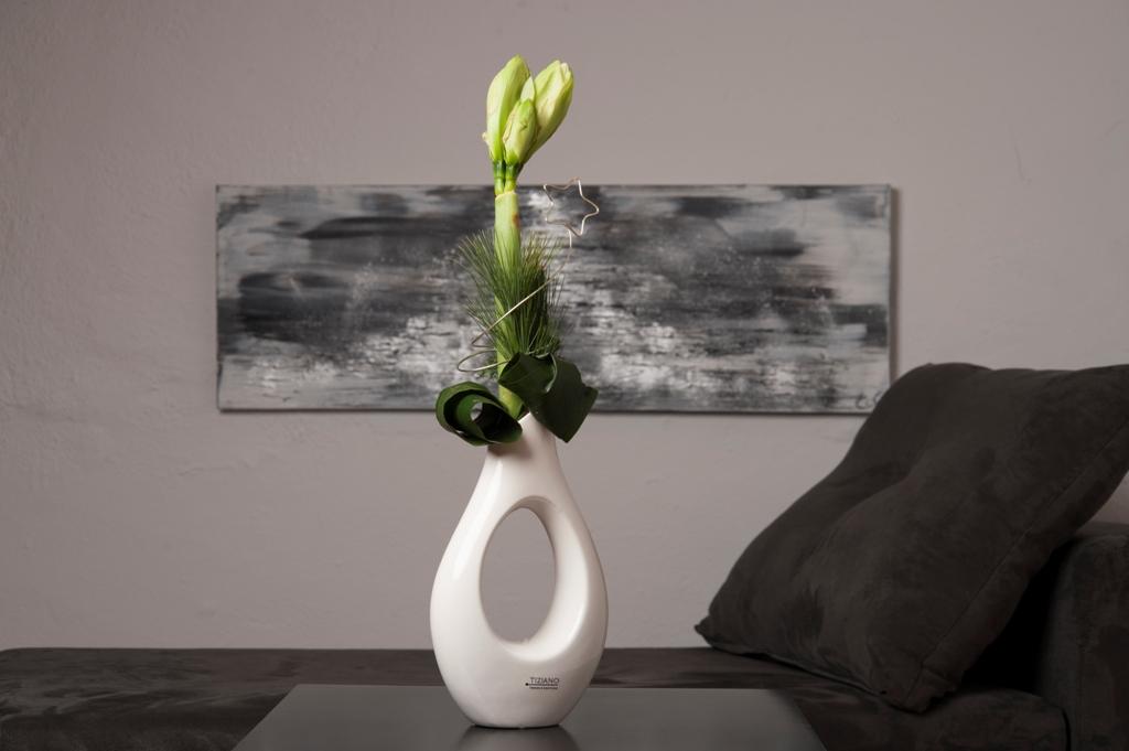 amaryllis als bl hende weihnachtsdeko tiziano design. Black Bedroom Furniture Sets. Home Design Ideas