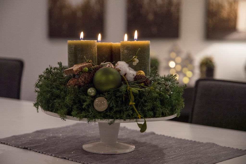 klassischer adventskranz zeitlos und elegant tiziano design. Black Bedroom Furniture Sets. Home Design Ideas
